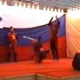 Трюковая связка уклонения фляк-сальто на выступлении Клуба Камелот в Москве, 2002г. Выполняется вслепую, на звук.
