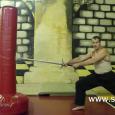 Рабочее видео о совмещении выпада и движений оружием показывает, как могут быть связаны между собой положение тела, известное по классическому фехтованию позднего периода и техника владения полутораручным мечом. Предложенные формы...